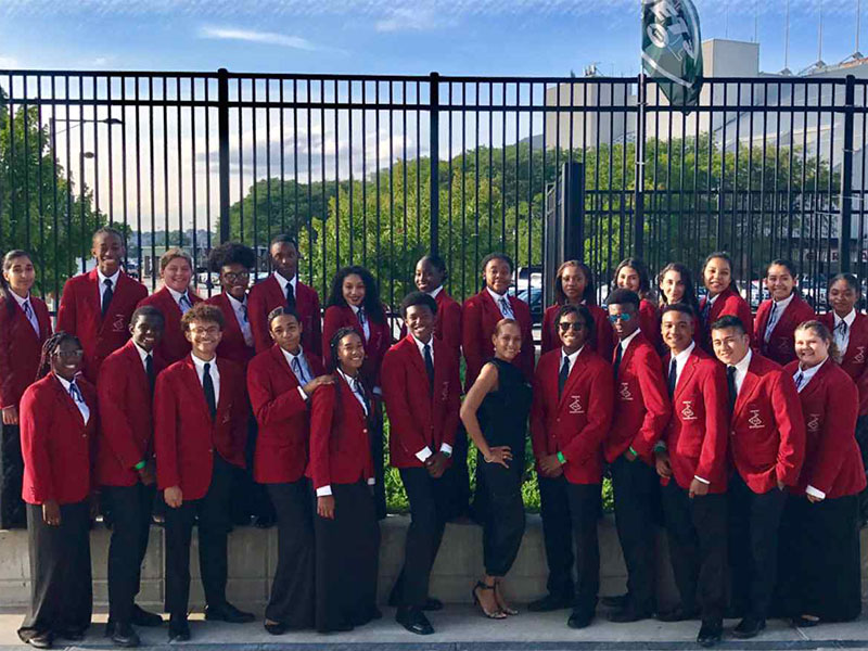 Select Chorale Astounds for Jets