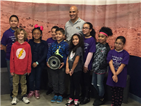 Students Meet NASA Engineer photo