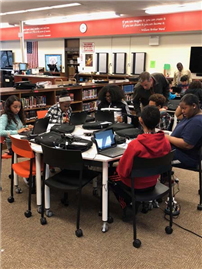 District Rolls Out Chromebook Initiative at Dodd photo 2